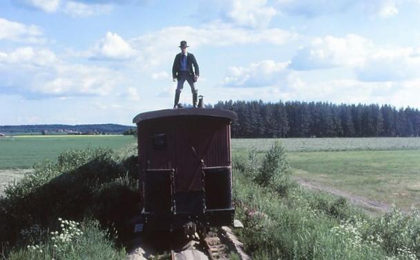 Kuva 1. Kultajuna. © Museorautatieyhdistys ry.