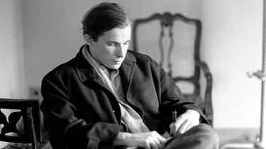 Kuva 5. Glenn Gould nuorena pianistina kansainvälisen läpimurtonsa aikaan vuonna 1955.