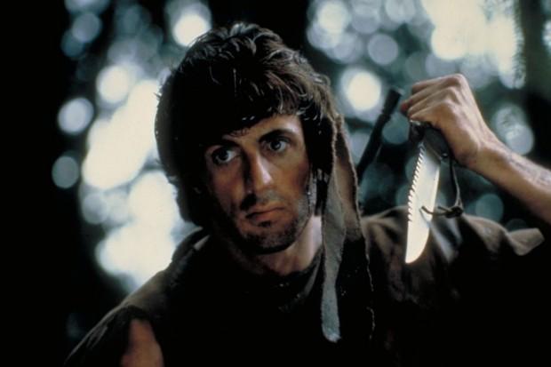 Kuva 3. Sylvester Stallonen tähdittämä Rambo elokuvassa Taistelija © 1982 Artisan Entertainment.